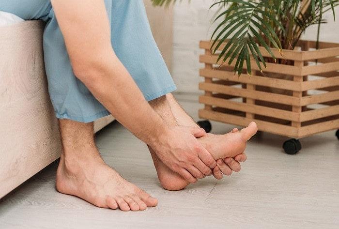 درد منطقهای و داغی پاها